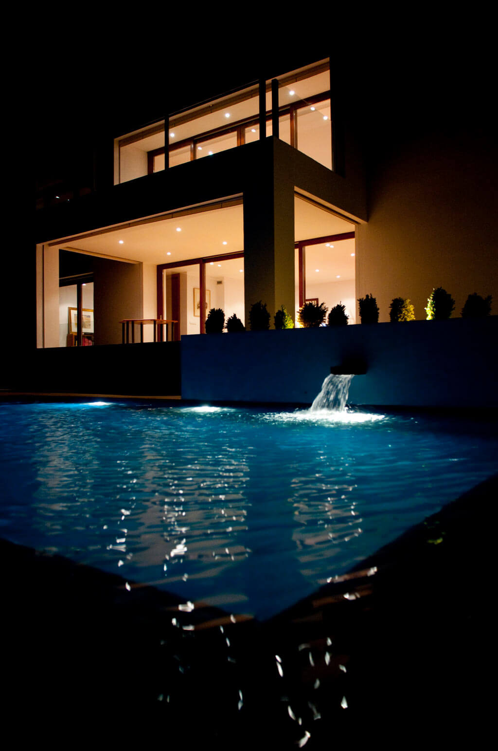 house and pool design in Valdemorillo